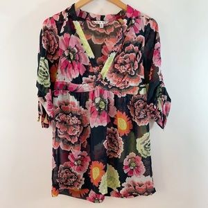 CAbi .  Floral sheer Gemini Tunic Top #400  . XS
